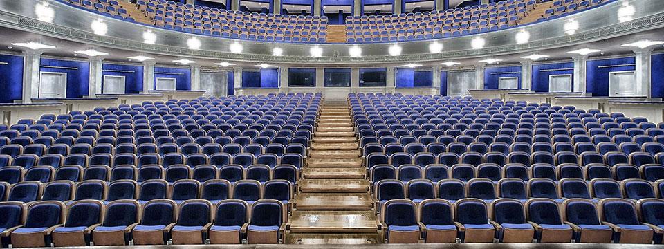 http://www.ramonaluengen.com/wp-content/uploads/2013/01/Comp-Performer-4.jpg