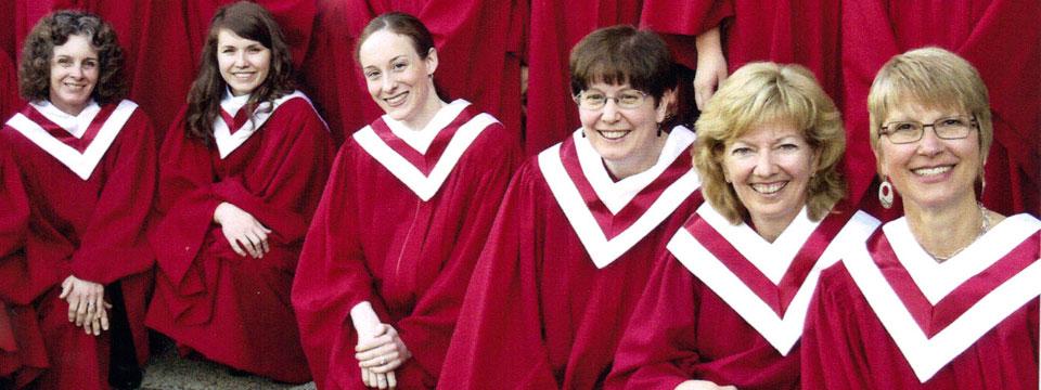 http://www.ramonaluengen.com/wp-content/uploads/2013/01/womenschoir3.jpg